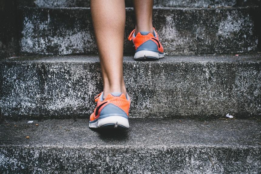 Ein Grund für das Laufen ist körperliche Fitness.